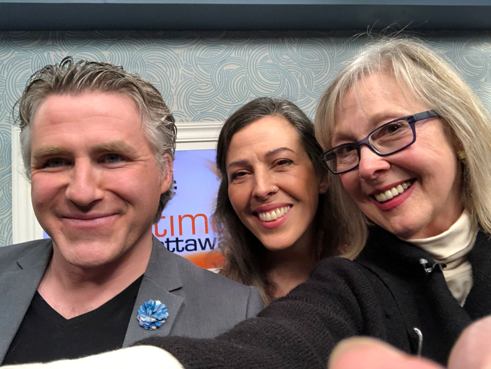 Selfie in 6 seconds! ROGERS tv Daytime Ottawa Host Dylan Black, Marina Malvada and Eileen Hennemann