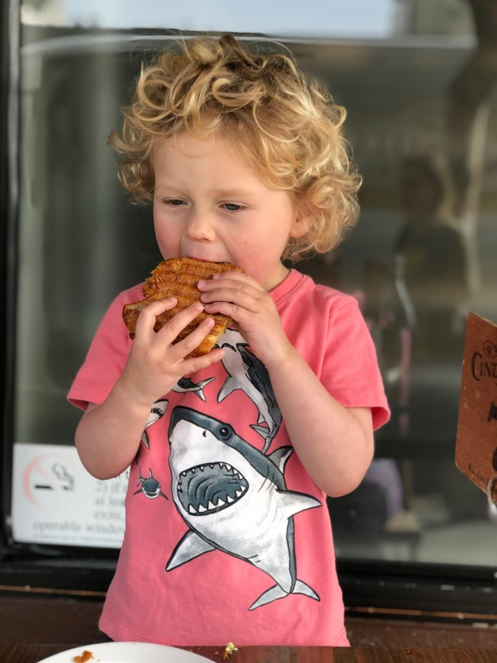 The breakfast sandwiches at Devil's Teeth Baking Company are heavenly. Grab a shark cookie and head down to Sunset beach. -