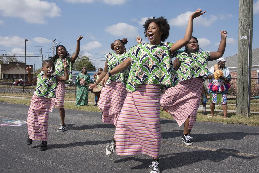 030 Ezibu African Dance Images [PC-Tom Topinka] 10-07-18.jpg