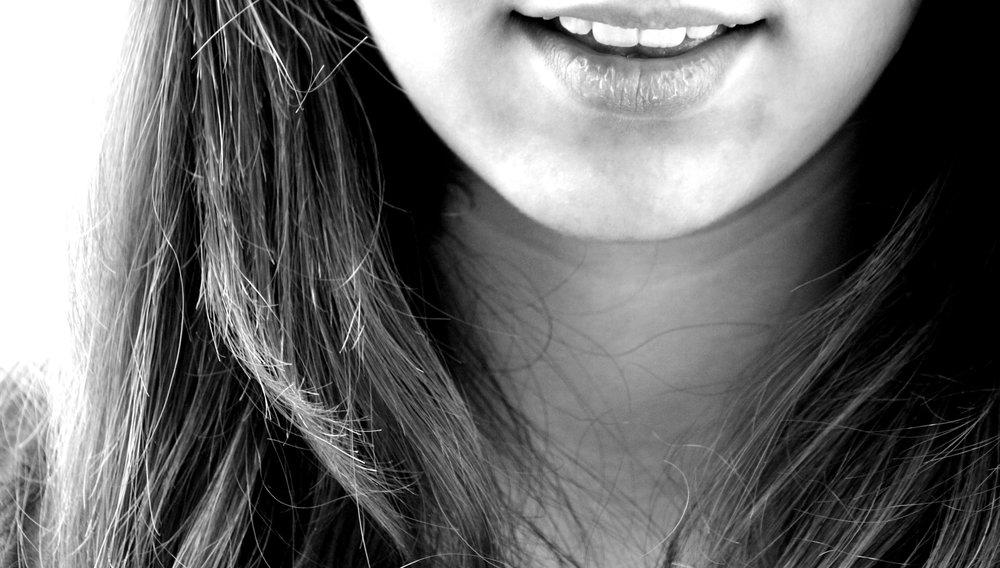 black-and-white-girl-hair-photography-model-black-1351228-pxhere.com.jpg