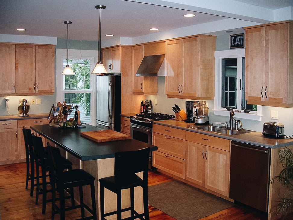 ManyOptions - Choose from many different design details to get the kitchen exactly the way you want.