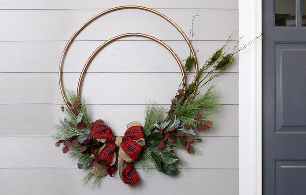copper-hula-hoop-wreath.jpg