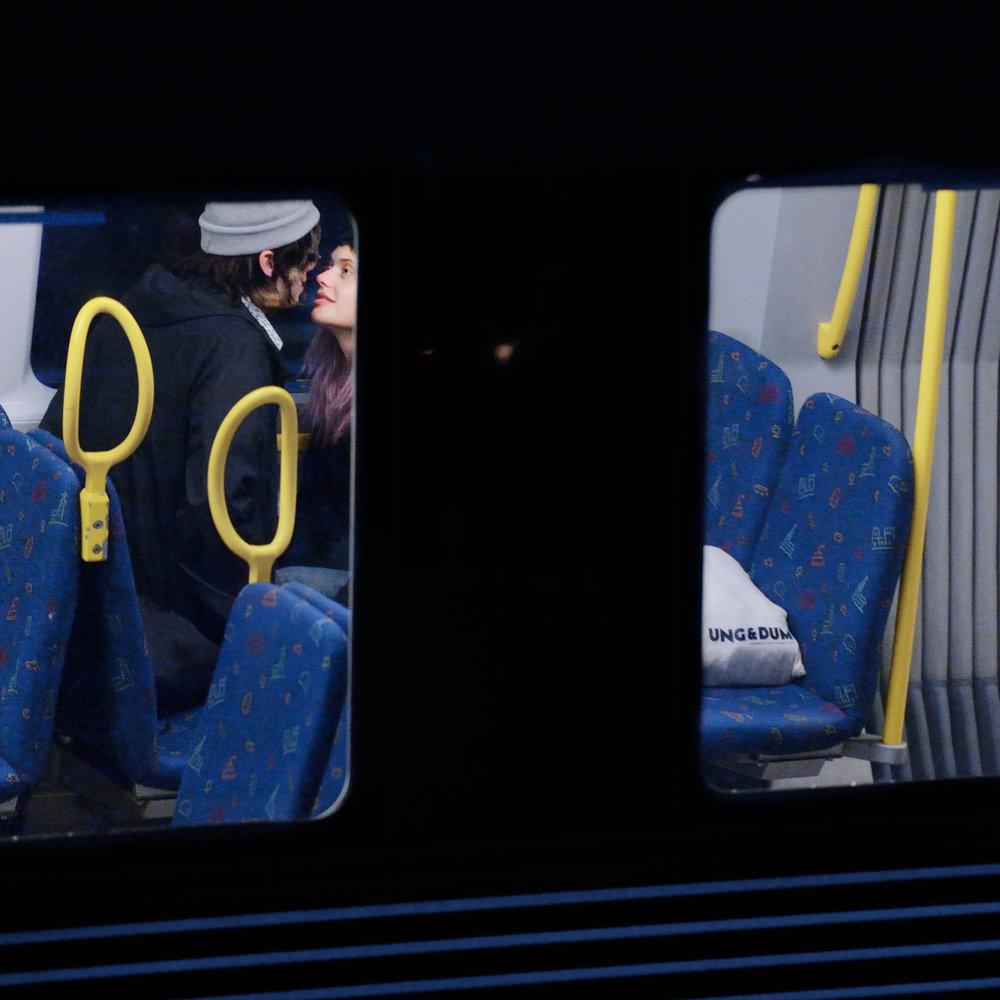 Jose-Figueroa_tunnelbanan_14_tidningen-republic.jpg