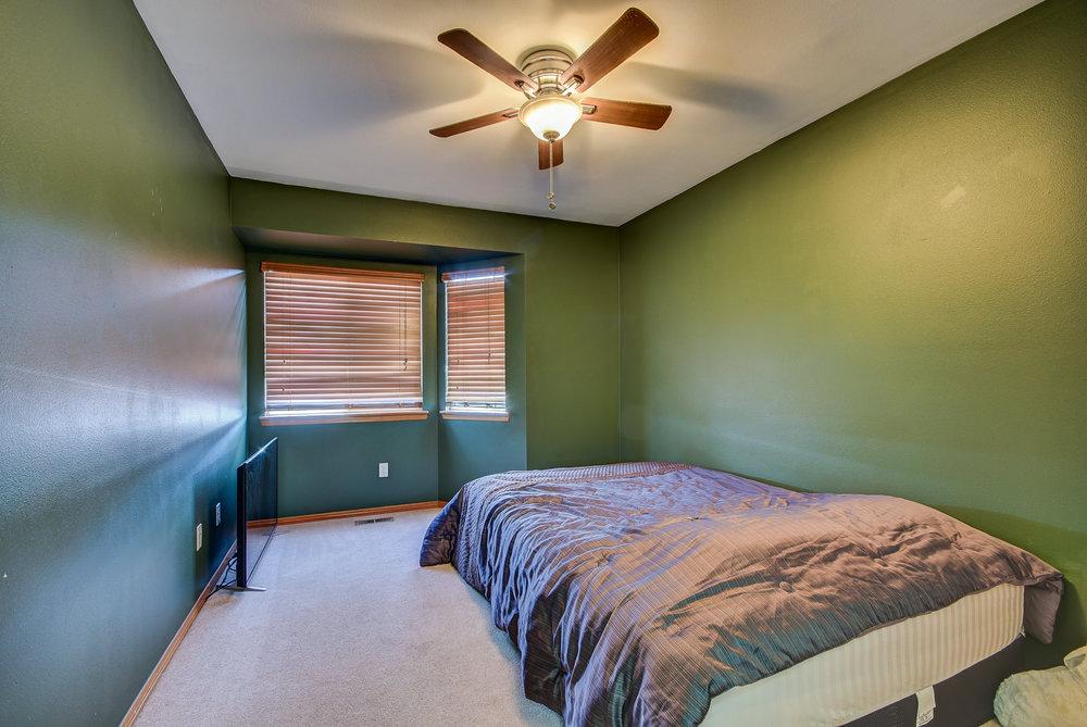 3rd bedroom...
