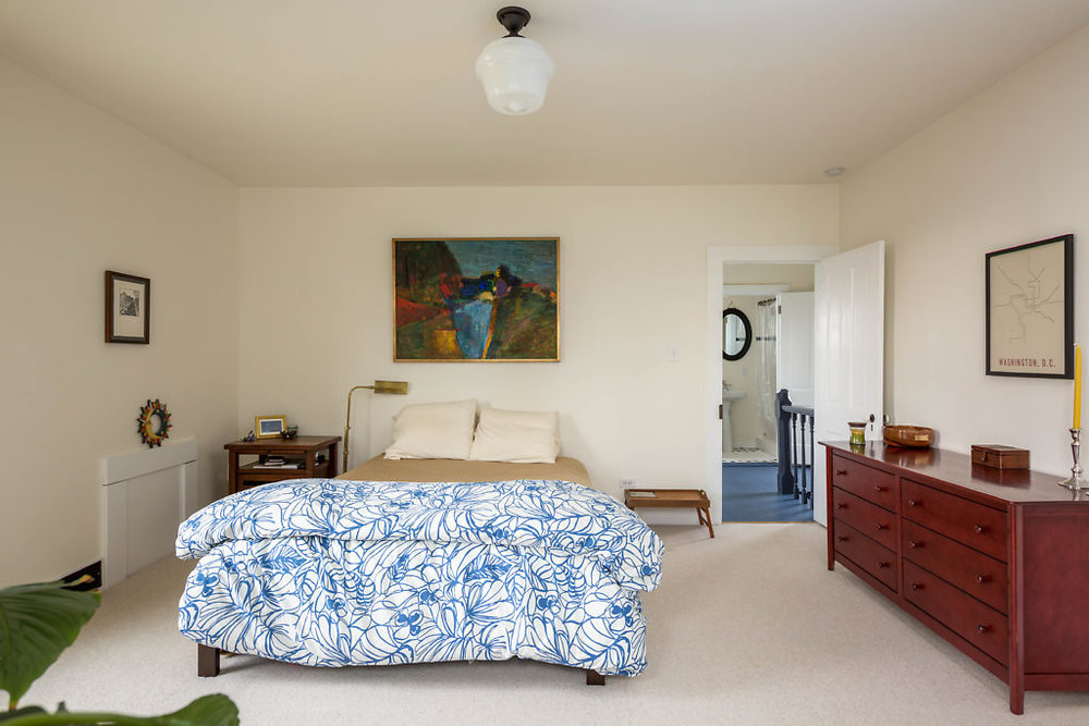 Spacious master bedroom...with tons of natural light & a walk in closet...