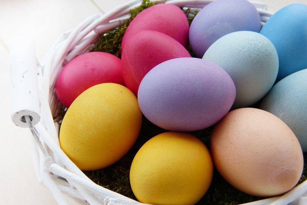 easter-eggs-3165483_1920.jpg