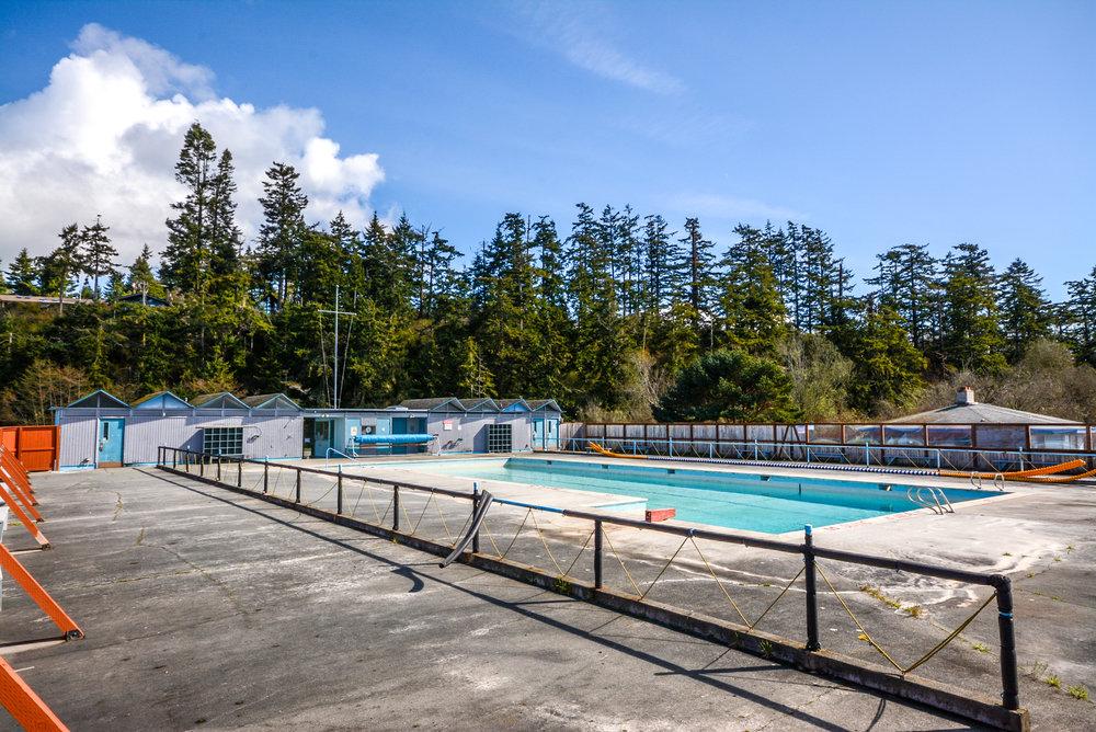 Community Pool -