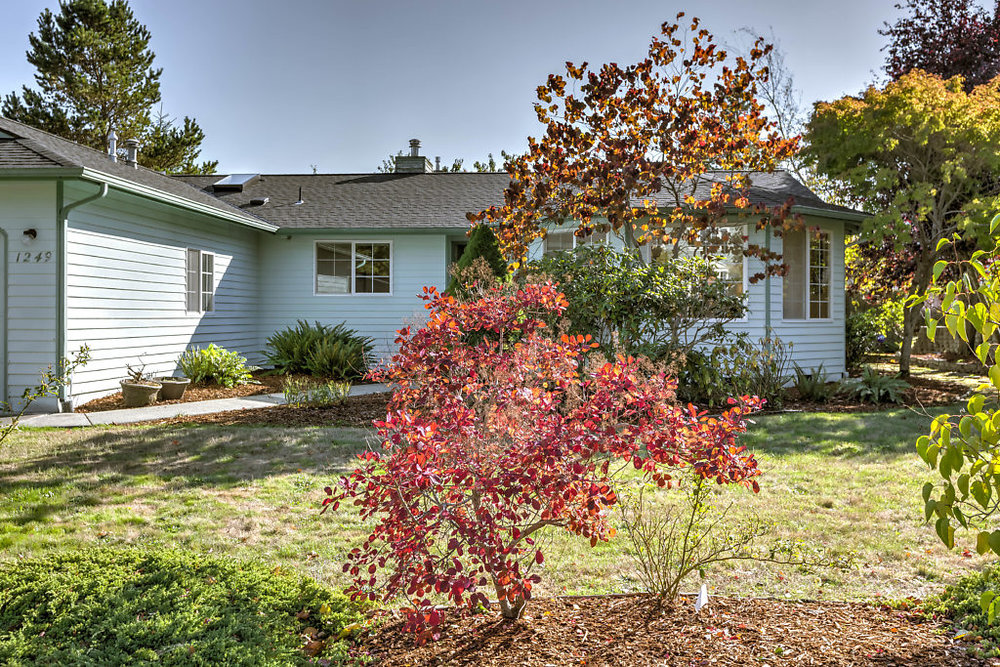 002-1249SW4thAvenue-OakHarbor-WA-98277-small.jpg