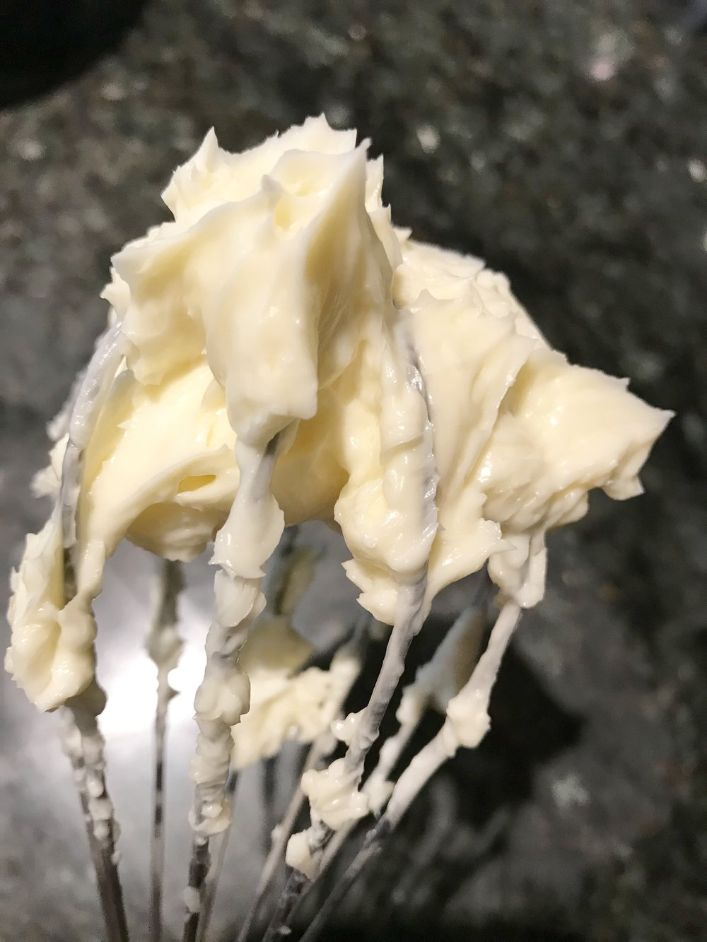 neoclassic mousseline buttercream .jpg