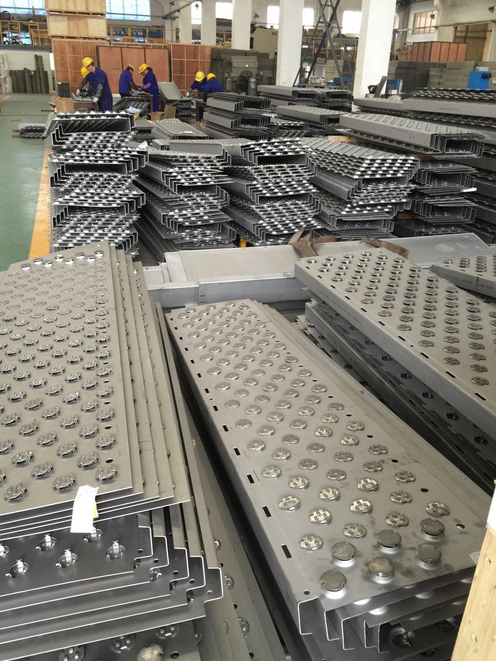 Fractionation Distillation Tray Floors.jpeg