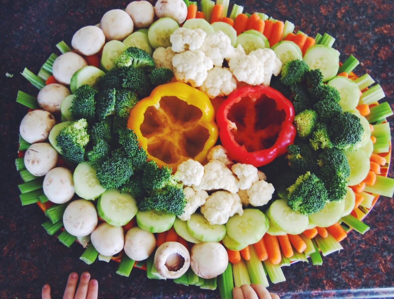 Incredible An Epic Veggie Tray Nurse Tami Beutiful Home Inspiration Aditmahrainfo
