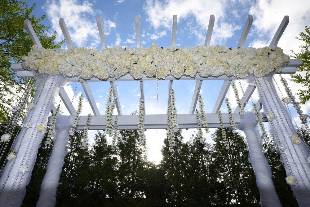 m2-floral-ceremony-4.jpg