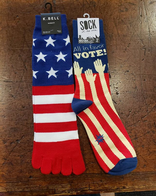 Make sure to vote. No excuses. . . . . #vote #usa #socks #coolsocks #funsocks #artsocks #whatimwearing #instafashion #lookgoodfeelgood #instagood #seattle #seattlefashion #pnw #pnwfashion #loveeveryone #sockittome #kbell #udistrict #theave