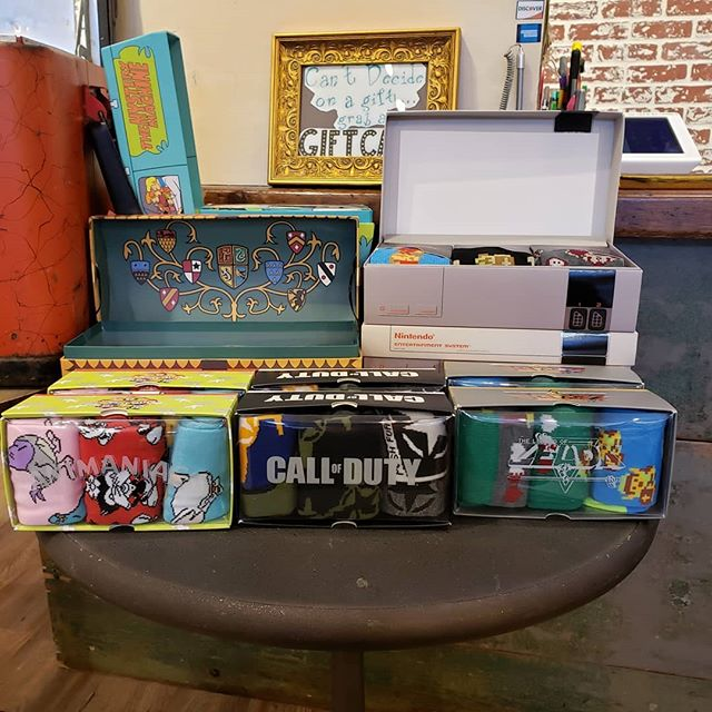 New gift sets have arrived! Harry Potter, Scooby Doo, Nintendo, Animaniacs, Call of Duty: we've got what you're looking for! . . . . . #tuesday #holidays #gift #socks #coolsocks #funsocks #fashion #pnwfashion #seattlefashion #seattle #pnw #nintendo #mario #zelda #nes #harrypotter #quidditch #hogwarts #animaniacs #callofduty #lookgoodfeelgood #instafashion #instagood #udistrict #theave #scoobydoo