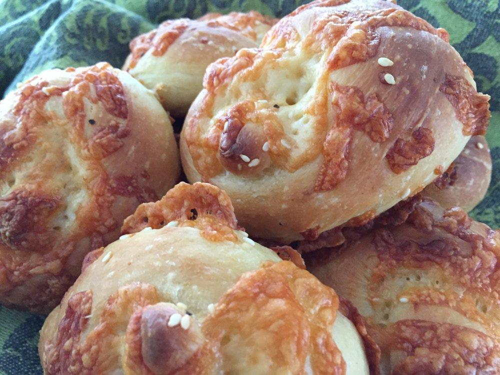Cheesy knot rolls