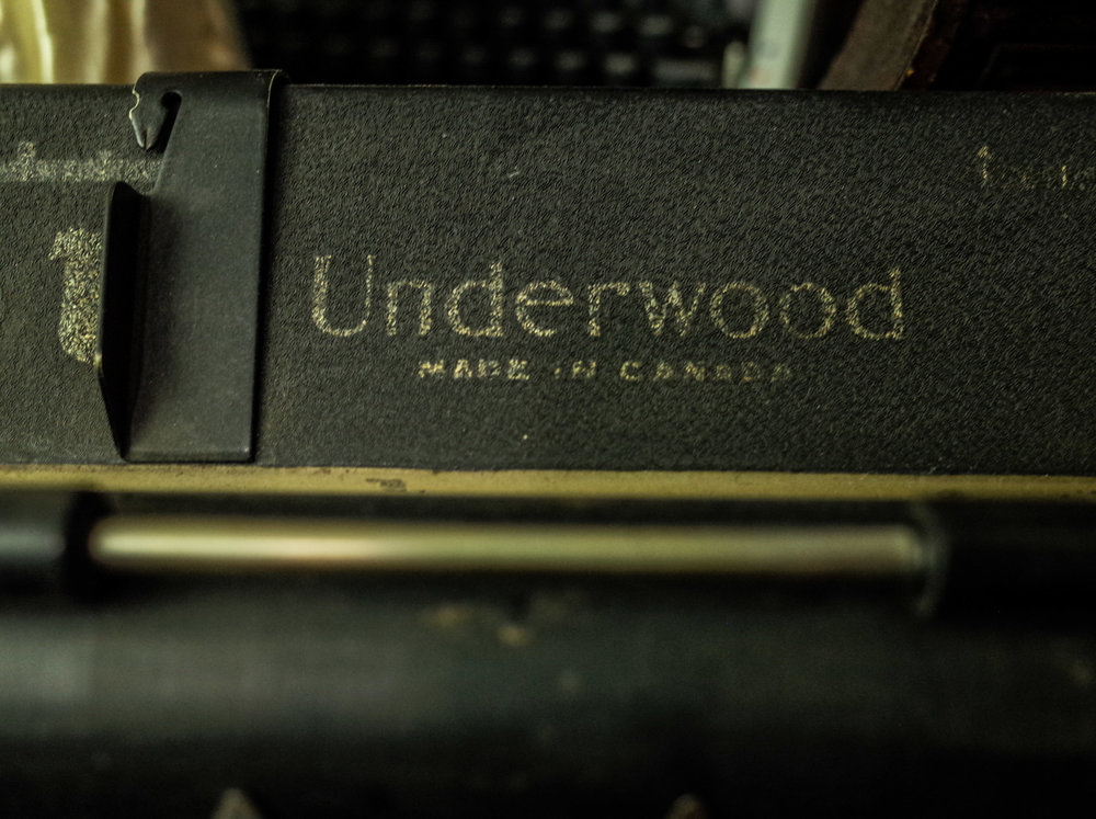 underwood-typewriter.jpg