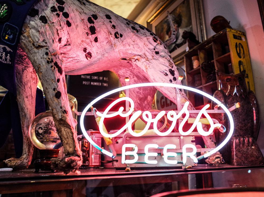 neon-coors-beer.jpg