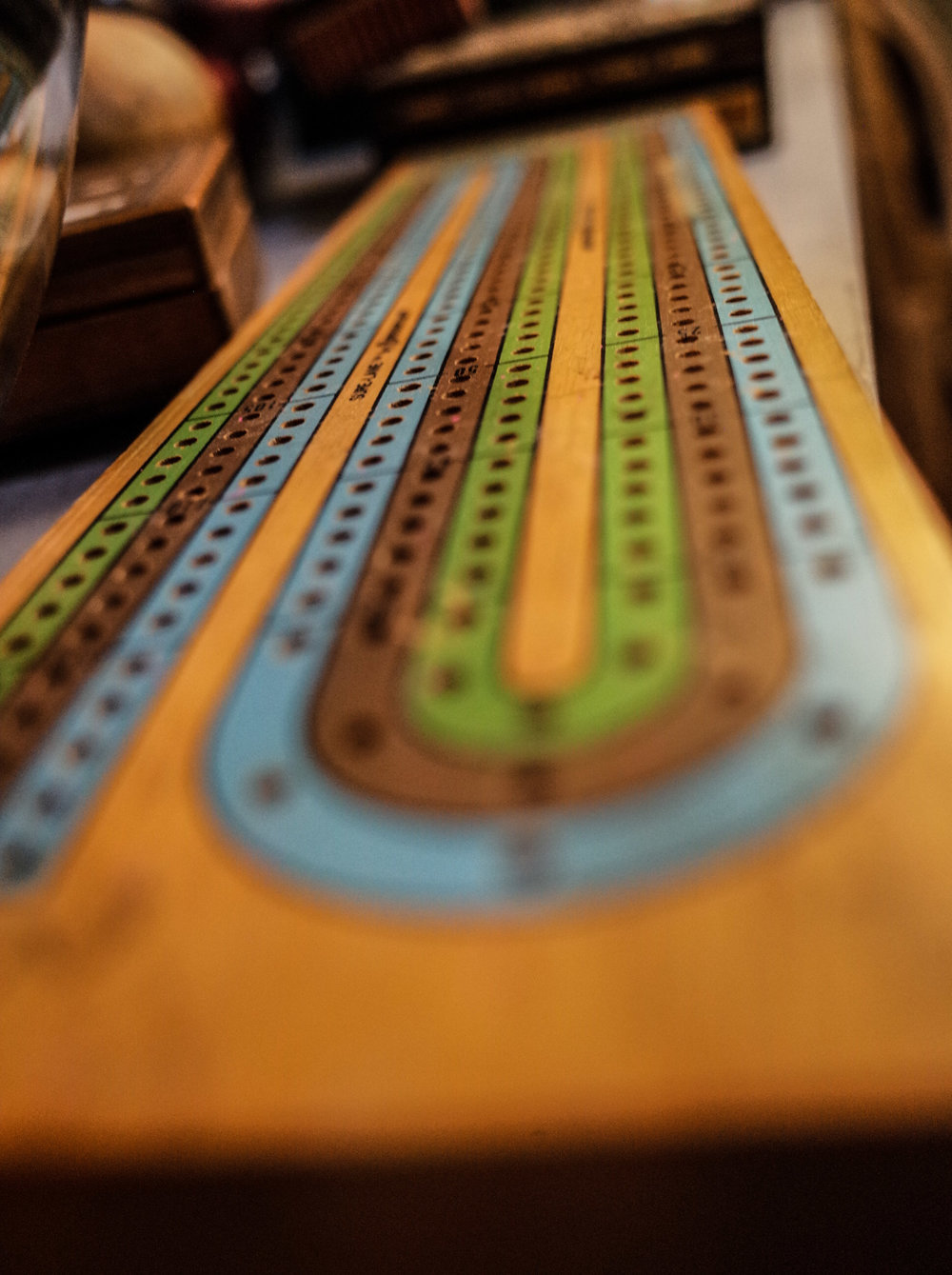 cribbage-board.jpg