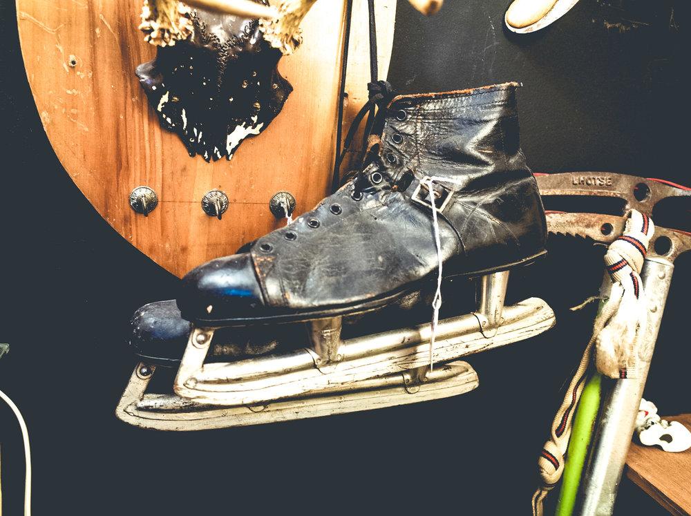 leather-skates.jpg