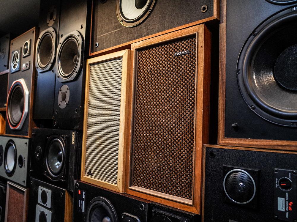 sony-speakers.jpg