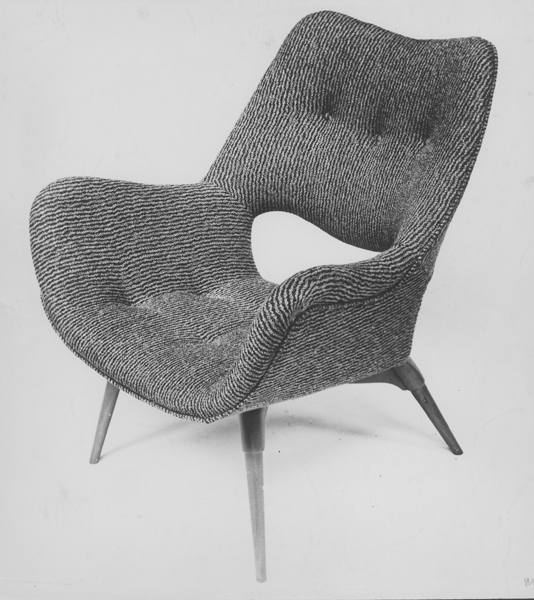B210H Television Contour armchair, 1953