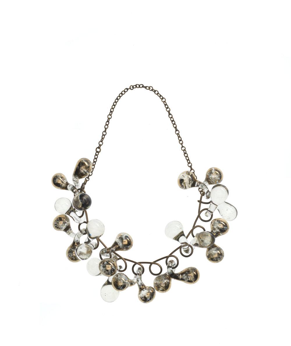 Glass jewellery, 1946-54