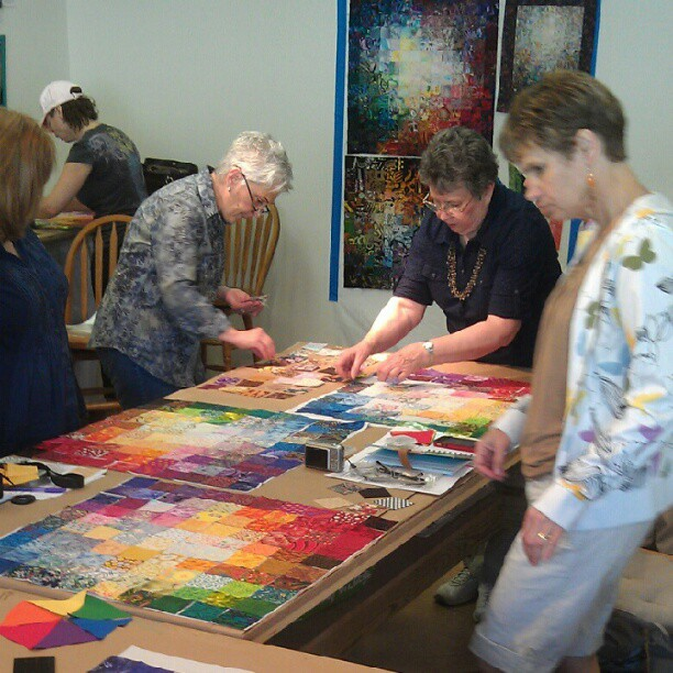Wanda S. Hanson teaching a Colorwash class in NC.
