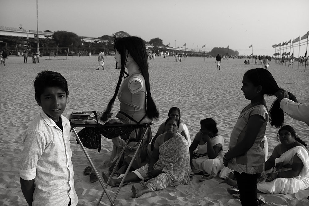 Julian Ward   Hair Dressing on Beach. Alappuzha, Kerala, India  2017