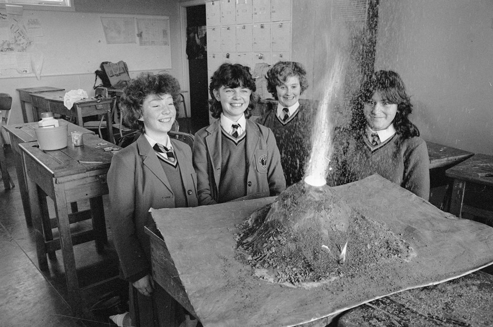 Wellington Girls College pupils with working model of a volcano. Photo: Phil Reid. Negatives and prints of Evening Post and Dominion newspapers. Alexander Turnbull Library