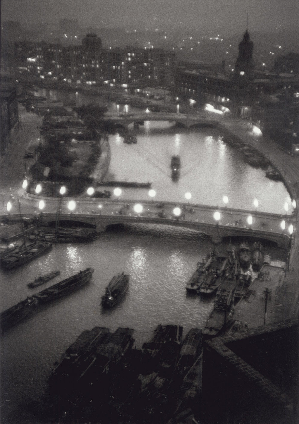 Soochow Creek and Shanghai's Bund at dusk. China, September 1956. (RDH C147-13)