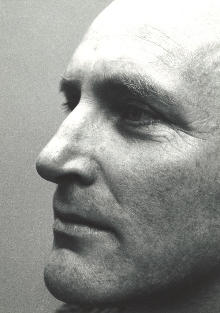 Peter Peryer.  Michael Dunn , 1983