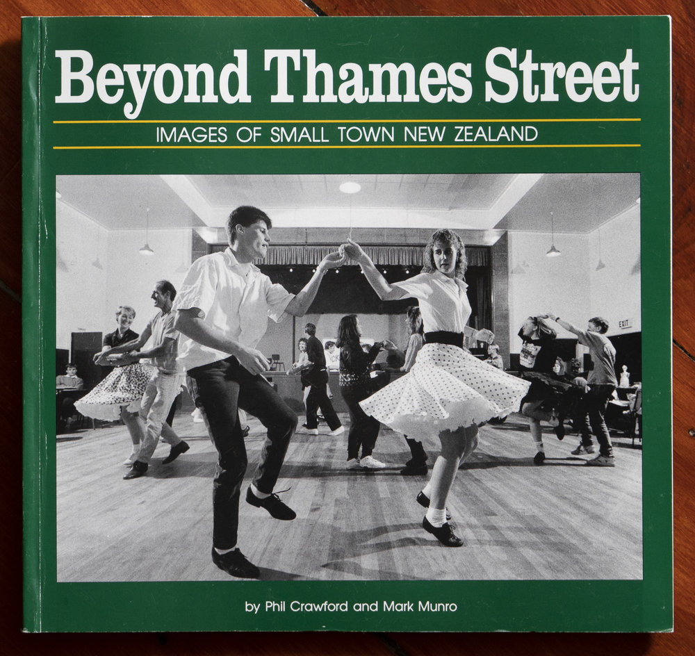 "Cover of  ""Beyond Thames Street"" by Phil Crawford and Mark Munro. Published 1993"