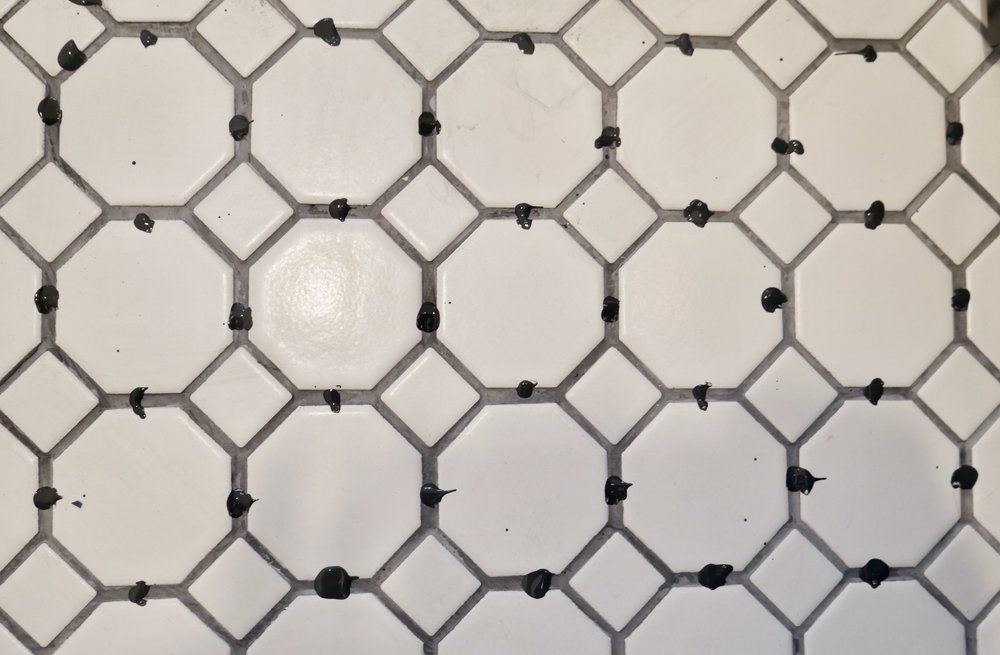 Our Fifties Fixer Upper: Dyeing Grout