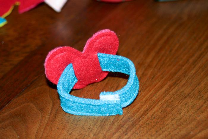 valentine-bracelets-03.jpg