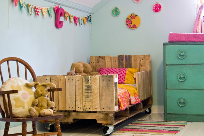 toddler-pallet-bed-take-2-01.jpg