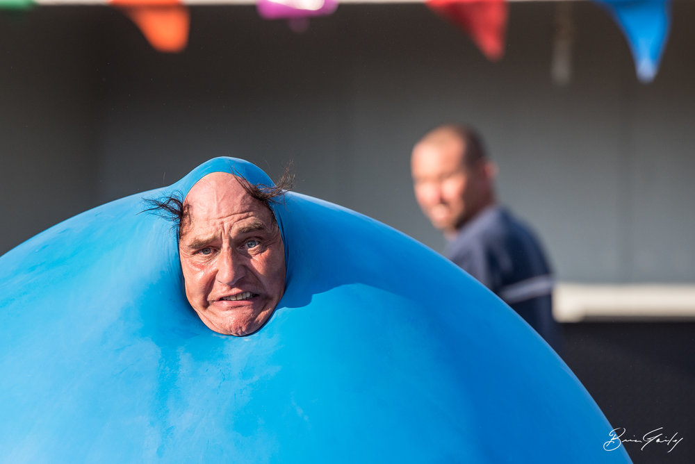 Skip is known as the Baloon Man and The Hollywood on Wheels Comedy Show. His 20 minute show is fantastic and high energy. Watch his live video here - http://bit.ly/2x7tHYr   Skip Banks Entertainment  Image: Brian Gailey  Tulelake Butte Valley Fair 2017