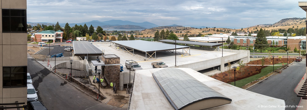A panoramic image of the new parking structure as seen above the entrance from the third floor of the Sky Lakes Medical Center building. (Brian Gailey)