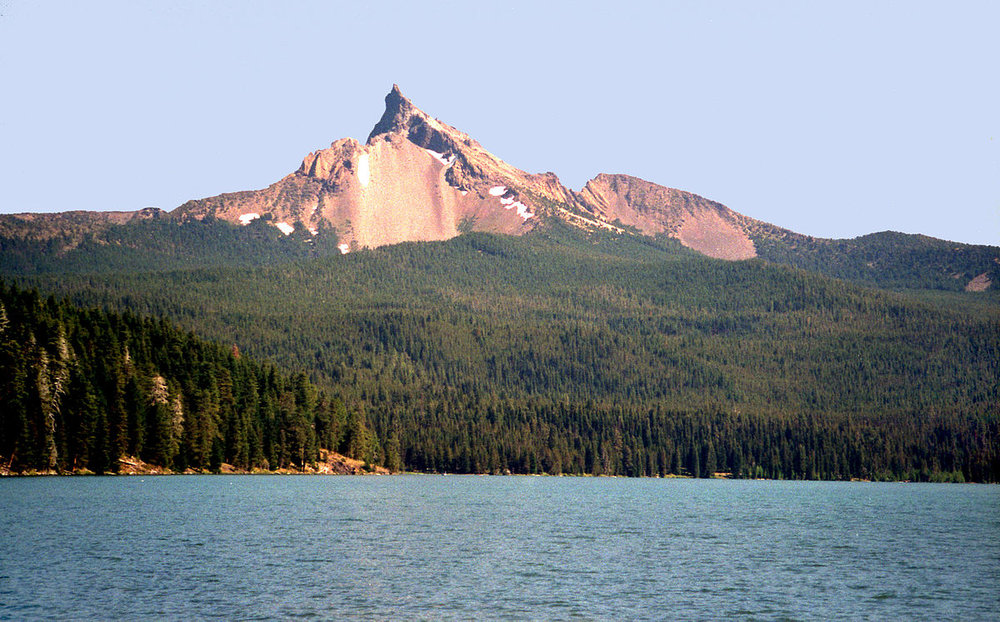 Mt Thielson and Diamond Lake Oregon (Wikipedia)