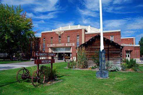 Klamath_County_Museum_(Klamath_County,_Oregon_scenic_images)_(klaDA0112a).jpg