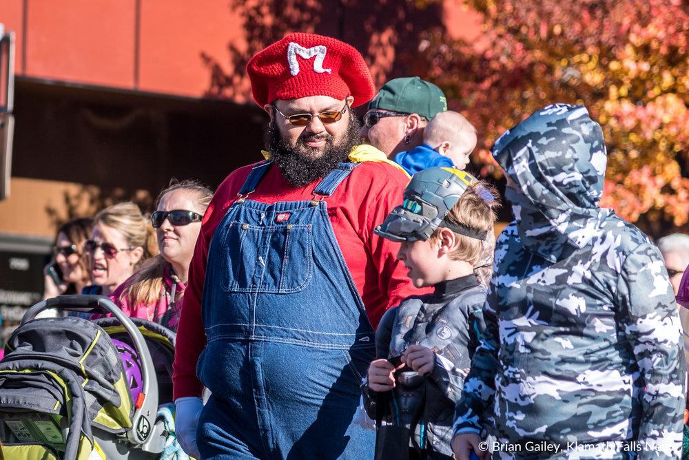 Scarecrow Row, October 28, 2017 (Brian Gailey)
