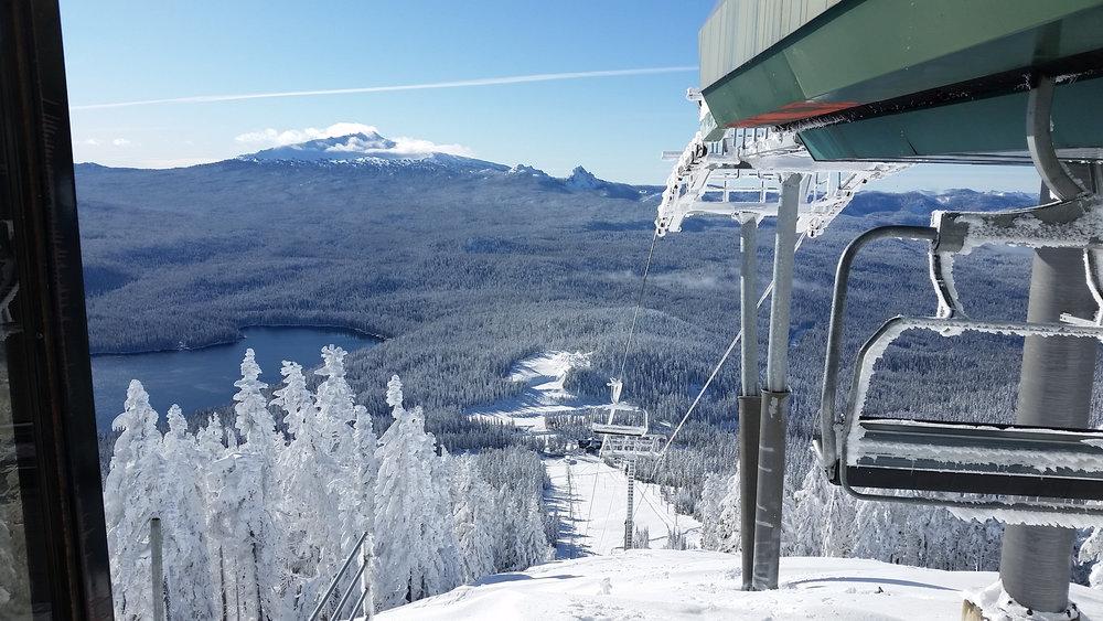 Willamette Pass Ski Area (Don Collins) -http://www.willamettepass.com/photos.html