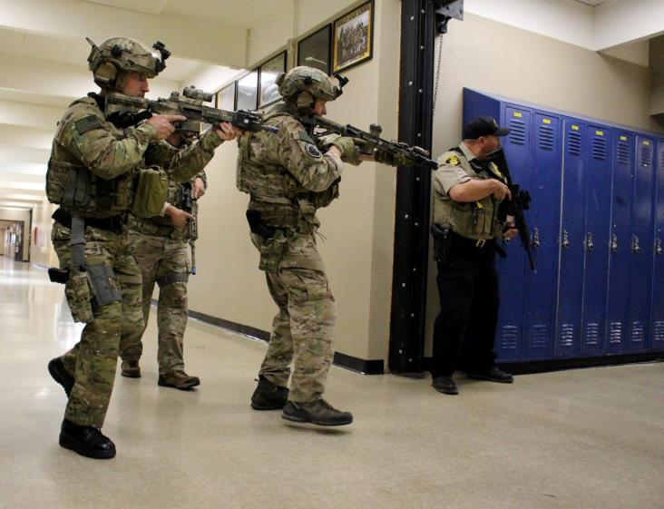 First responders came toghether for an Active Shooter Drill at Henley High School (Image, Samantha Tipler)