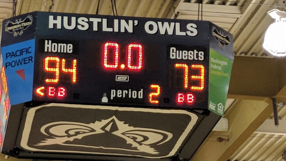 Hustlin' Owls give Cal Maritime their first road loss of the season. Final 94-73.