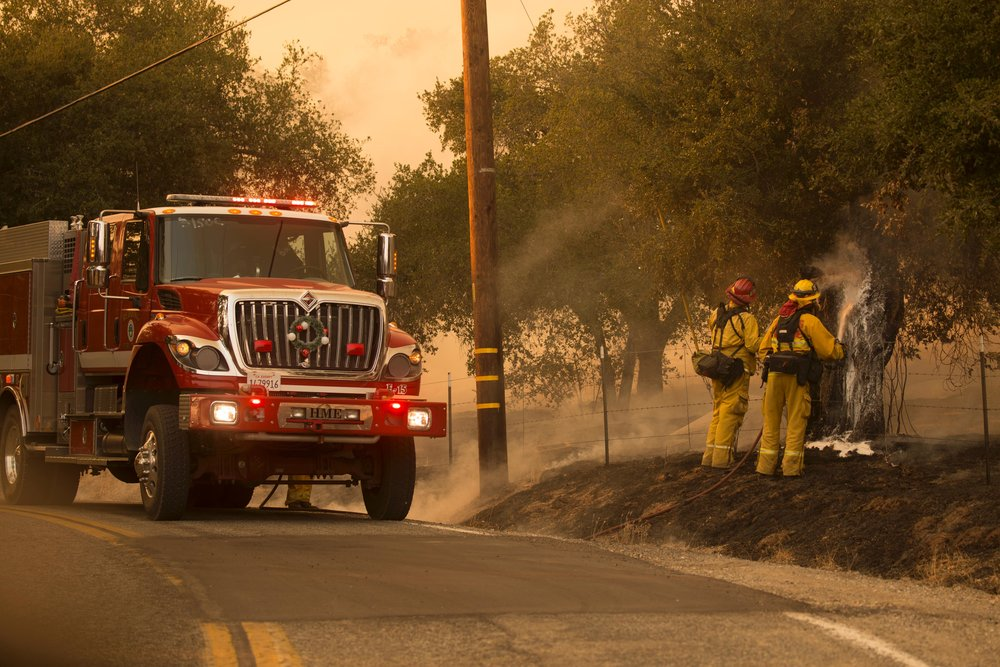 Thomas Fire Night Operations Dec. 9, 2017, California (Kari Greer, Inciweb)