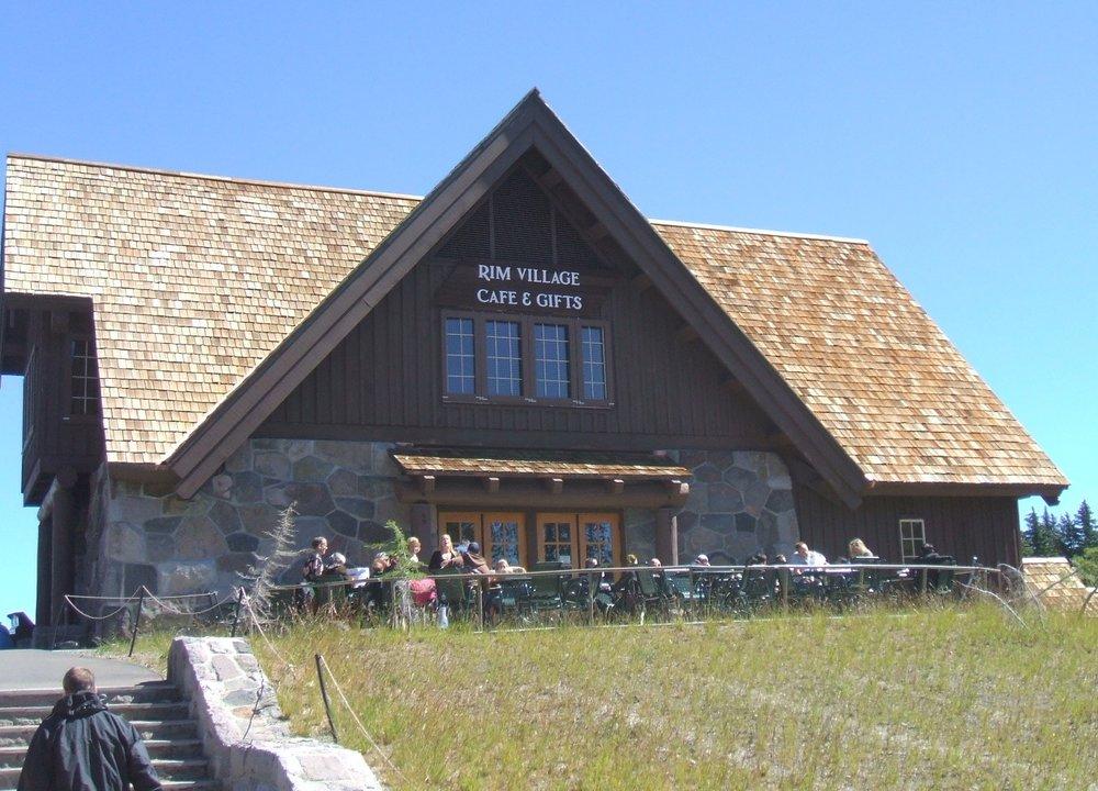 Rim Village Cafe & Gifts (Glenn Scofield Williams, Flickr)