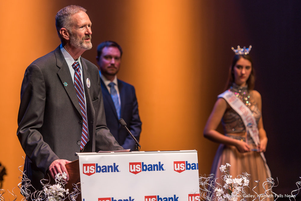 William Ganong speaks after being presented the Lifetime Achievement Award at the 97th Annual Chamber Gala Awards. (Brian Gailey)