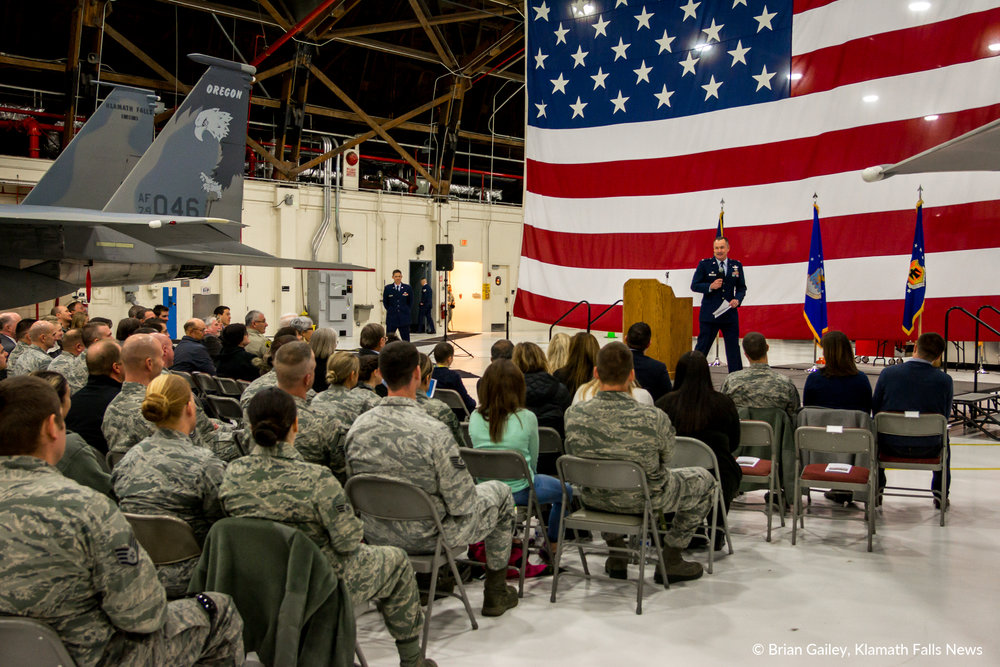 Colonel Jeff Smith, Commander of the 173rd Fighter Wing announces an unprescendeted lease between the City of Klamath Falls and the DOD. February 19, 2018. (Brian Gailey)