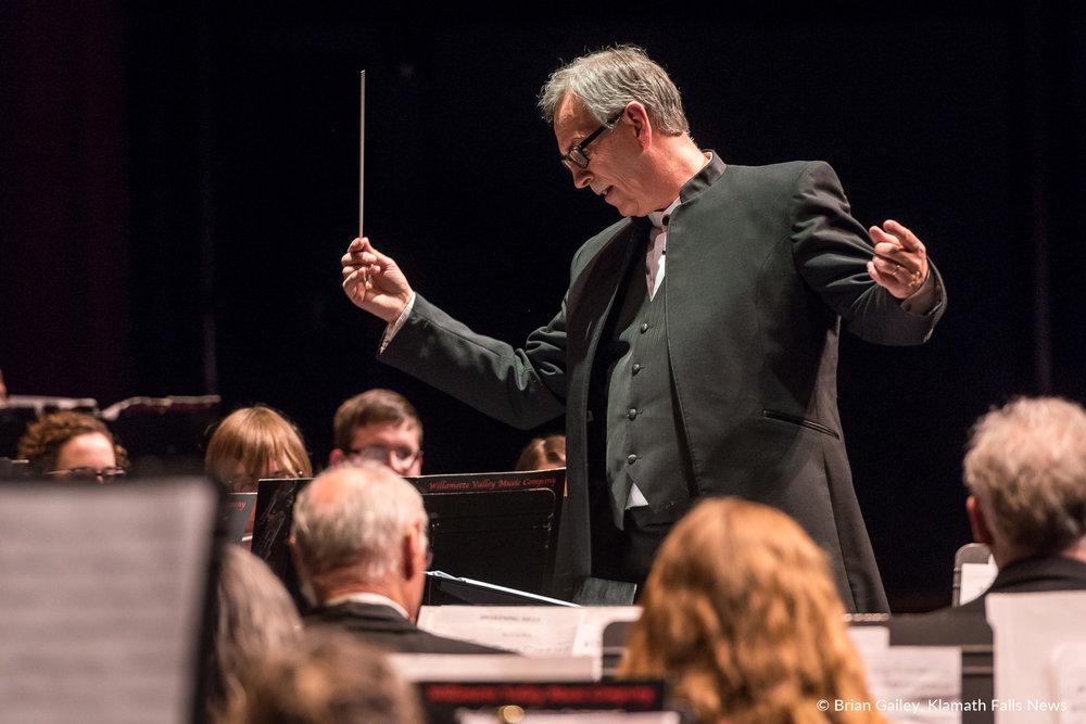 Robert Izzett, conducts the Klamath Falls Community Band Spring Concert, Bits and Pieces. March 18, 2018 (Brian Gailey)
