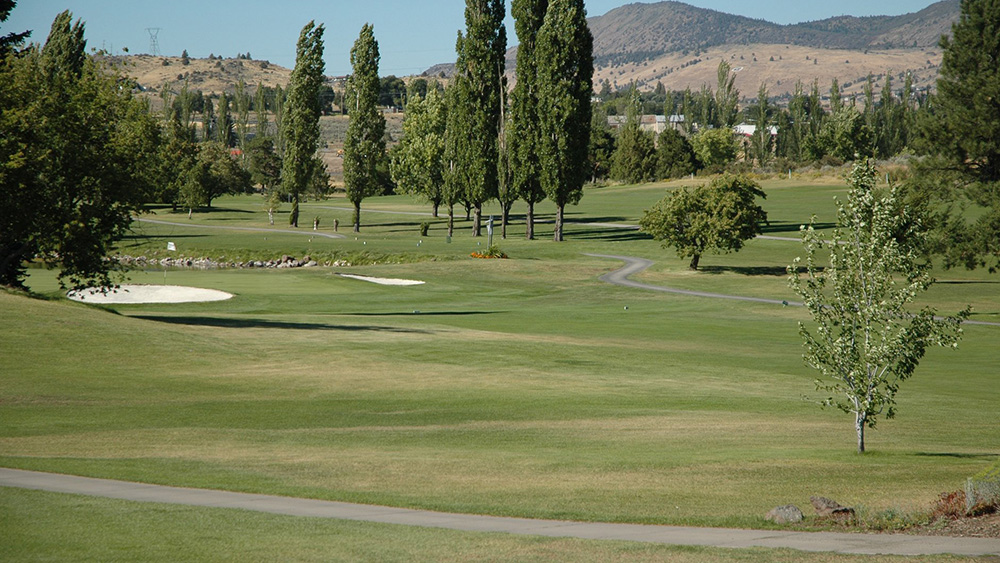 Reames Golf & Country Club ( Facebook )