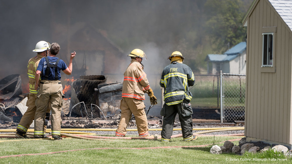 A catastrophic structure fire destroys the Crater Lake Bed & Breakfast in Fort Klamath, Oregon. Chiloquin Fire and Rescue leads the charge to save the building.May 19, 2018. Image, Brian Gailey.